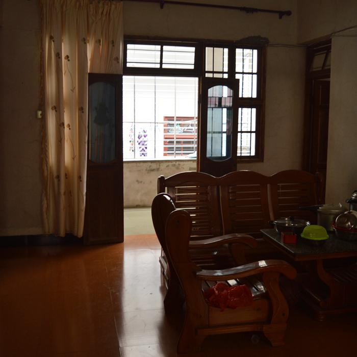 老房子客厅1.JPG
