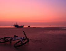 单车 夜追日之旅。